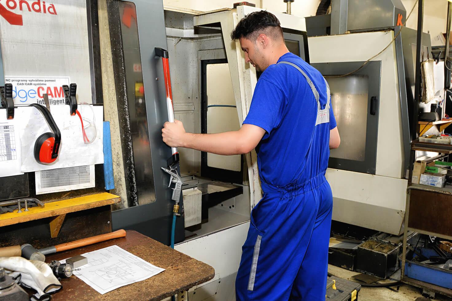 munkavédelem és tűzvédelem szolgáltatás